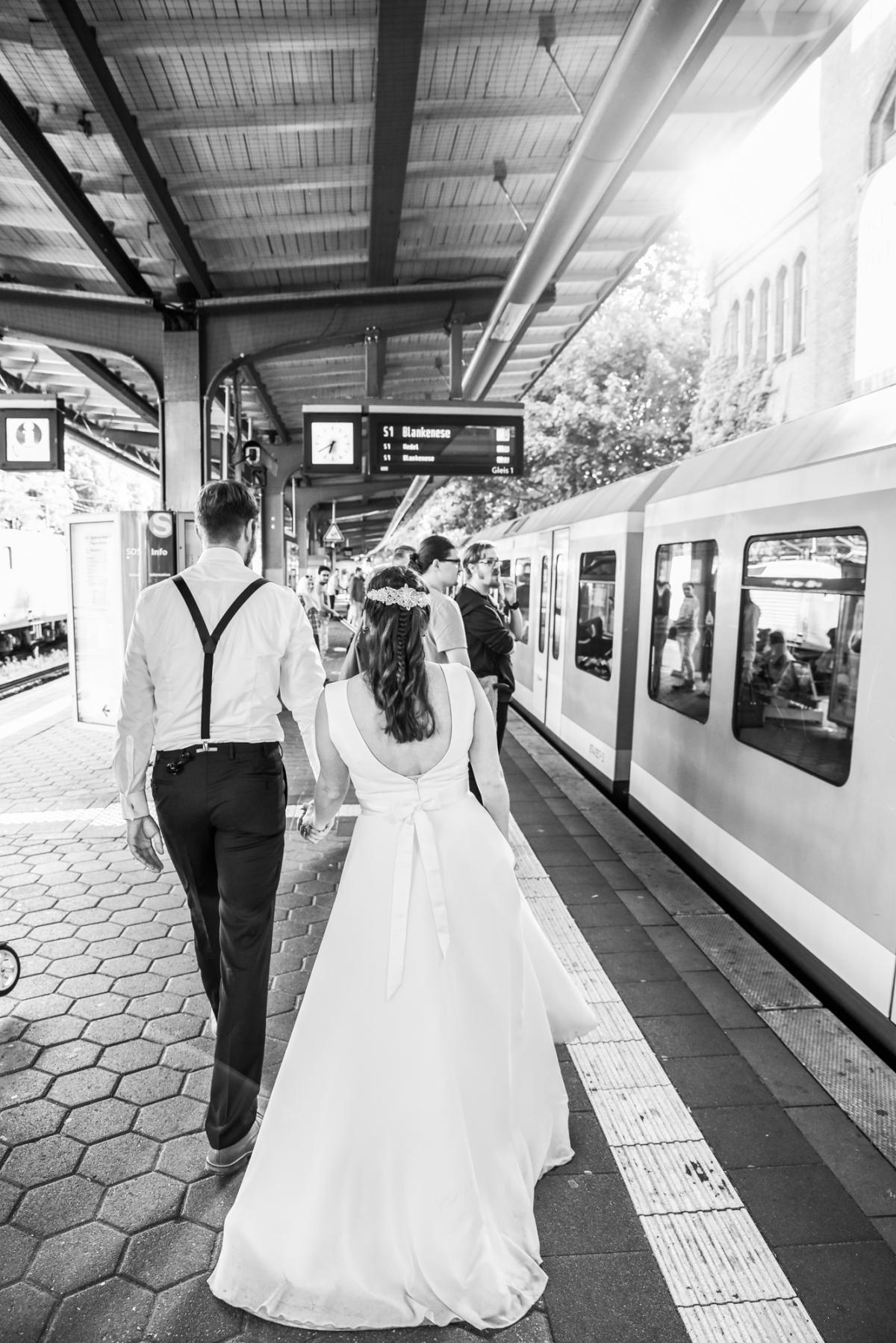 Hochzeits - Shooting -UBahn - Hamburg